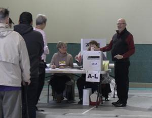 Randall Garrison, voting, advance voting, Esquimalt-Saanich-Sooke, Colwood