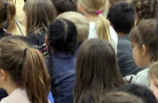 Wishart Elementary, school children