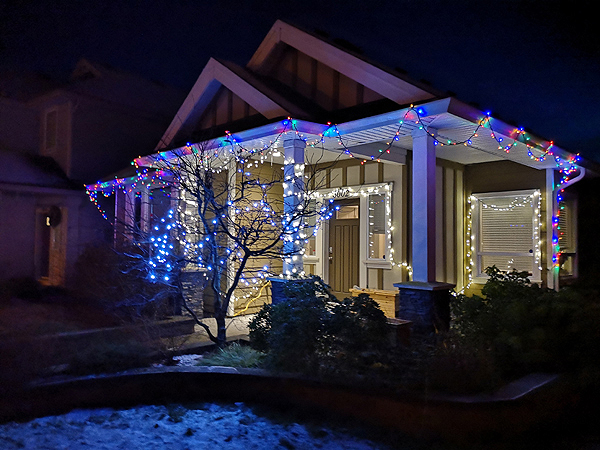 holiday lights, house, Dec 2020